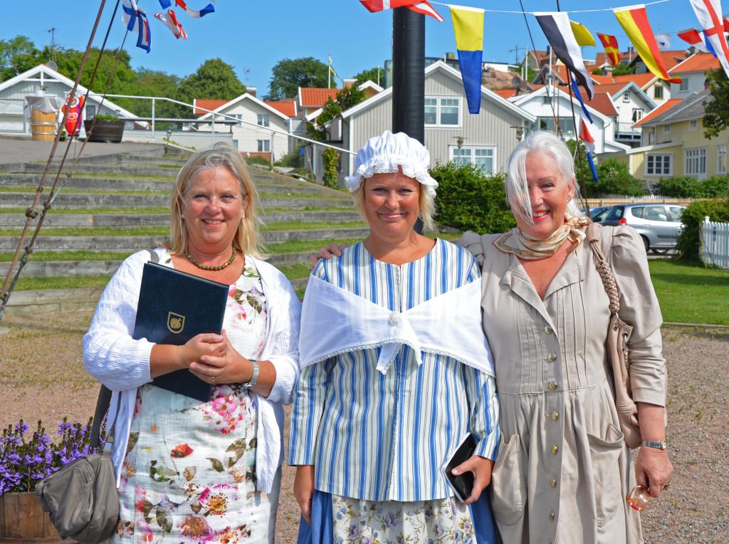 Från väster: Lena Fischer kommunchef, Cia Lantz projektledare B2H, Ulla Magnusson Lindbom konstnär och beskyddare av projekt B2H