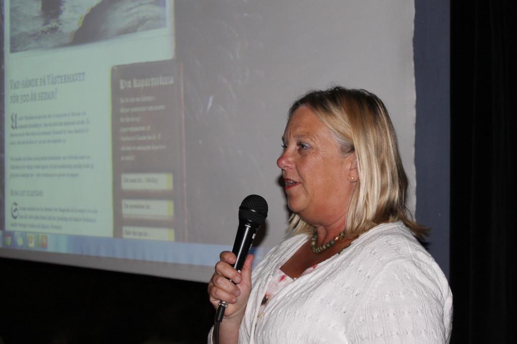 Invigningstalare kommunchef Lena Fischer
